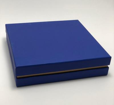 جعبه ویژه ست هدیه آبی رنگ